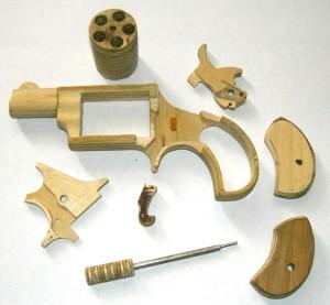 Детали модели револьвера